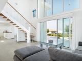 A One OFF - 150m2 Duplex Garden Apartment, 3 bedrooms all with en-suite bathrooms