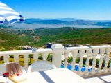 BODRUM FABULOUS LAKE VIEW APARTMENT WITH 4 SWIMMING POOL, near beach