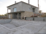 House 3 bedrooms 2:00 pm plot of 6000 m 2 swimming pool