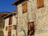 Amazing opportunity for lovers of farm houses and rustic properties