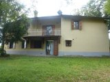villa with 3 hectares of land