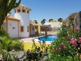 Schöne Villa Capricho Special mit großem Pool