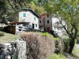 Country House For Sale in Fabbriche di Vallico Lucca Italy