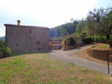 Farm House For Sale in Villa Basilica Lucca Italy