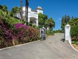 Detached Villa For Sale in El Paraíso Málaga Spain