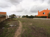 Land with a total area of 946.60 m²