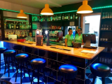 CVDP170 - PROBABLY THE MOST FAMOUS BAR ON SAL - TAMTAMS - RECENTLY REVAMPED - EXCELLENT BUSINESS - G