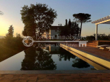 Luxury property for sale in wonderful Tuscan countryside