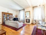 Prestigious apartment for sale in Pietrasanta, Tuscany