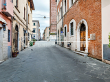Elegant luxury apartment for sale in the town center of Pietrasanta, Tuscany
