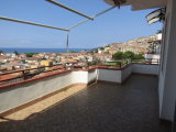 2 bed apartment in beach resort with stunning views