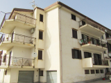 Via Fiume Lao 4 bed apartment with garage