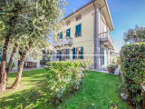 Elegant and prestigious Art Nouveau villa for sale in Lido di Camaiore, Tuscany