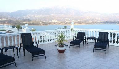 villa For Sale in Vinuela Málaga Spain