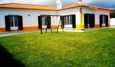 House For Sale in Lourinhã Lisboa Portugal