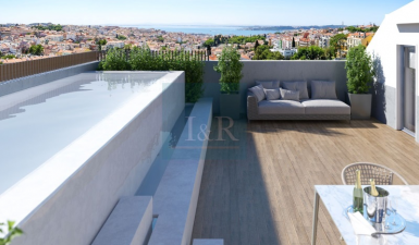 4 BEDROOM PENTHOUSE WITH A FANTASTIC RIVER VIEW AND POOL, IN ESTRELA, LISBON