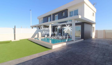 Semi Detached Villa For Sale in Gran Alacant Alicante (Costa Blanca) Spain
