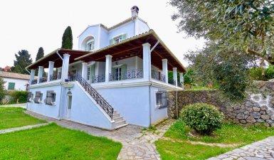 Luxurious maisonette for sale in Gastouri