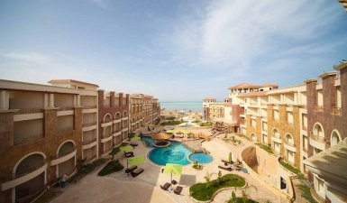 Beautiful Two Bedroom Beachfront Apartment Near El Gouna and Hurghada