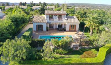 villa For Sale in Vila do Bispo Algarve Portugal