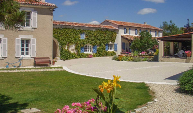 Country House For Sale in Segonzac Charente France