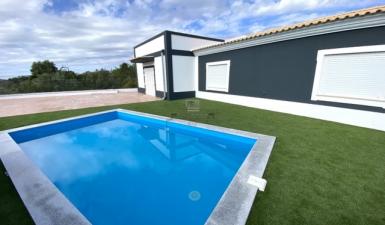 Home For Sale in S. Barbara Nexe Faro (Algarve) Portugal