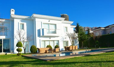 Must SELL ...Luxuries Prestige 10+2 Villa Tulipa AlKent 2000