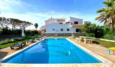 Home For Sale in Quarteira Faro (Algarve) Portugal