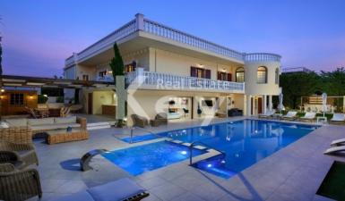 House For Sale in Agios Onoufrios Akrotiri Greece